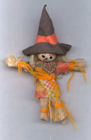 Scarecrow - 5-1/2 inch - Raffia - on wire pick - 1 piece