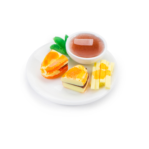 Timeless Minis™ - Sandwich Plate with Fries - 1.0625 x .375 inches