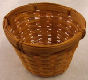 Basket with Liner -  5-1/2 inch diameter x 3-1/2 inch high