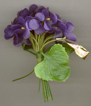 Plastic Violet Cluster - 4 inch - including stem - 12 clusters.