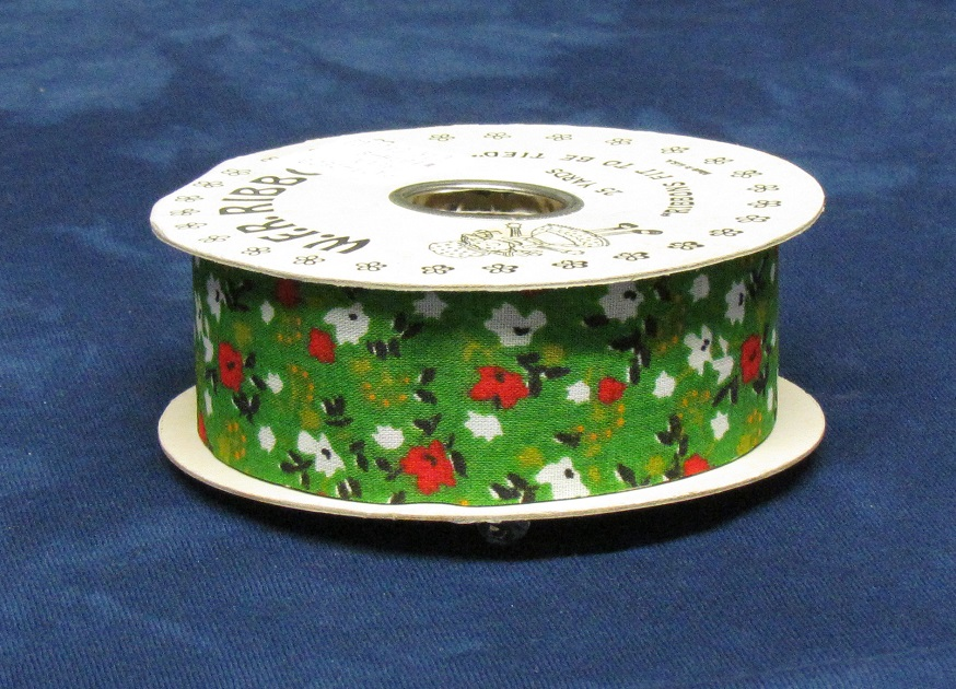 #9 Country Calico Ribbon - Green