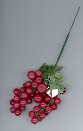 4 inch Grape Cluster - Red - 12 Clusters