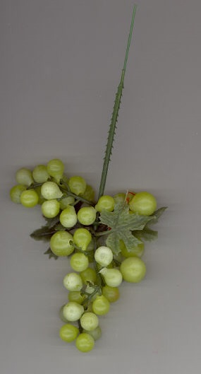 4 inch Grape Cluster - Green - 12 Clusters